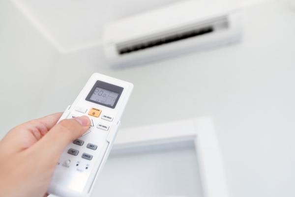 業者によるエアコンクリーニングは必要?エアコンクリーニングのメリットについて